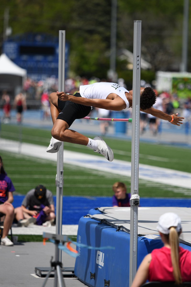 Marcus Morgan places 7th in the high jump at the state meet and less than a week later he throws a no hitter on opening day! #MultiSport  <br>http://pic.twitter.com/DFsFQYoU0R