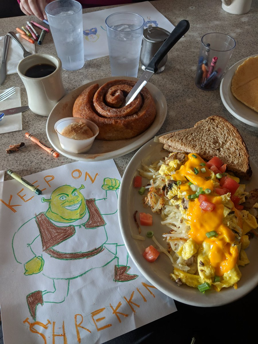 Vacation update I&#39;m drawing at a great breakfast place <br>http://pic.twitter.com/IhbdFqHJy8
