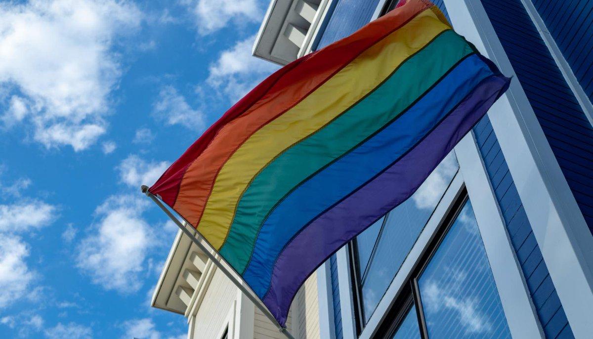 aufeminin: Un homme condamné après avoir révélé l'homosexualité de ses ex-conjoints sans leur accord > https://www.aufeminin.com/news-societe/un-homme-condamne-apres-avoir-revele-l-homosexualite-de-ses-ex-conjoints-sans-leur-accord-s4001389.html?Echobox=1558606182#utm_medium=Social&utm_source=Twitter…