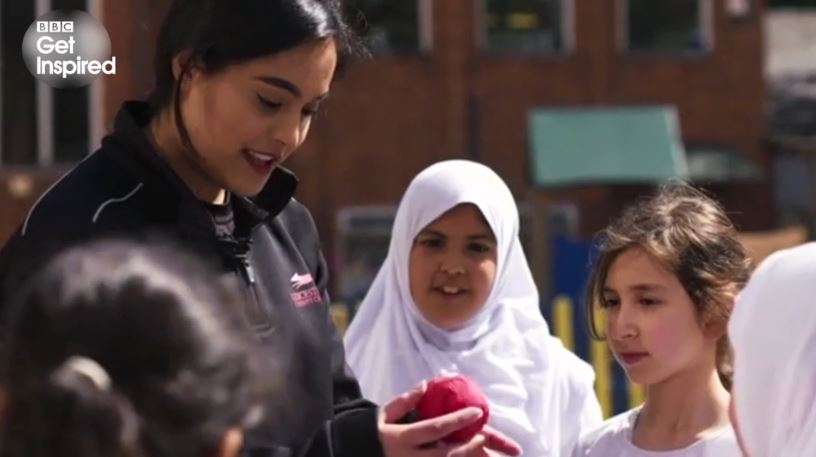 'I want to give girls the opportunities I never had'Amna Rafiq is on a mission to break down cultural boundaries and get more people of South Asian origin to play cricket.  Watch http://bbc.in/2M8oico #GetInspired #ChangeTheGame @leicsccc