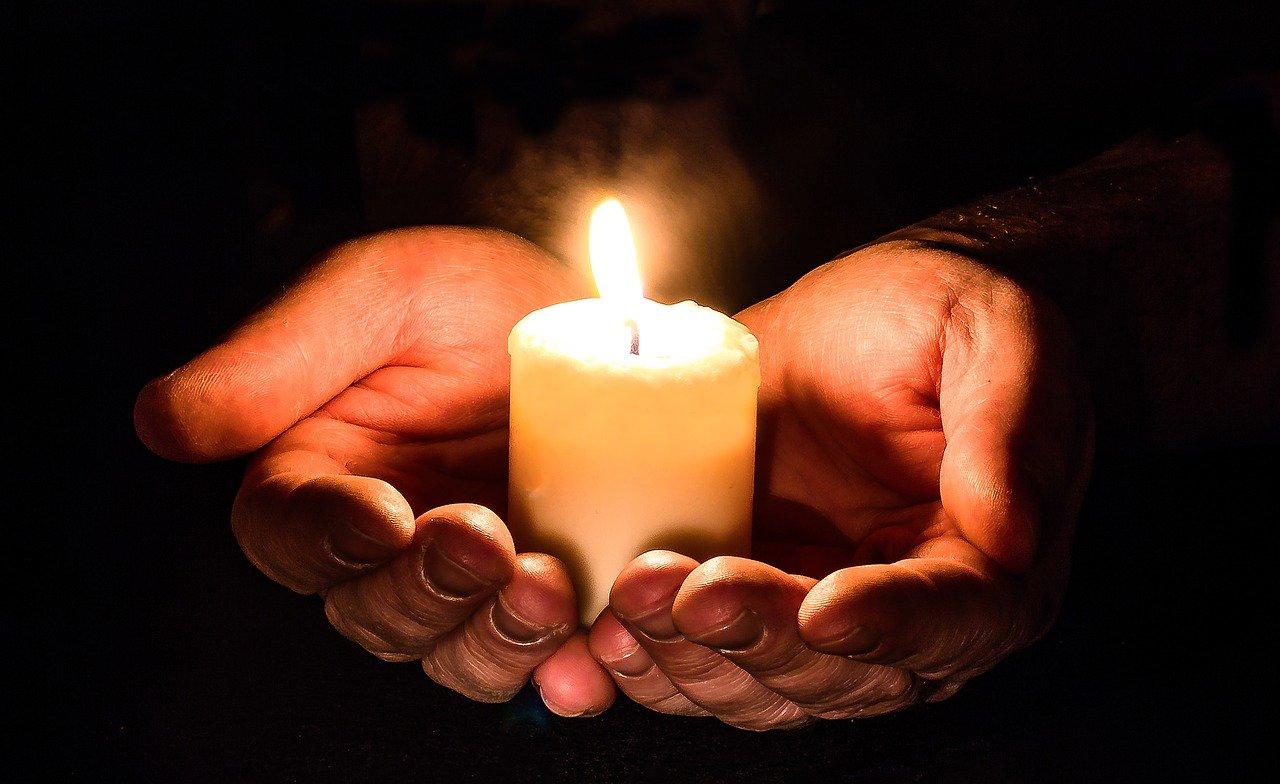 2017 годом, картинки горящей свечи в память
