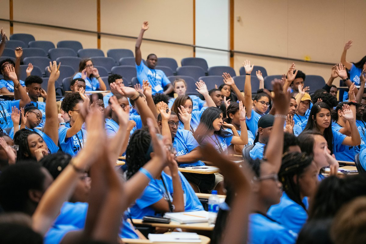 Welcome to #UNC, @Project_Uplift students! We can't wait for you to experience what it's like to be a Tar Heel 💙 https://t.co/kjNSvFBma5