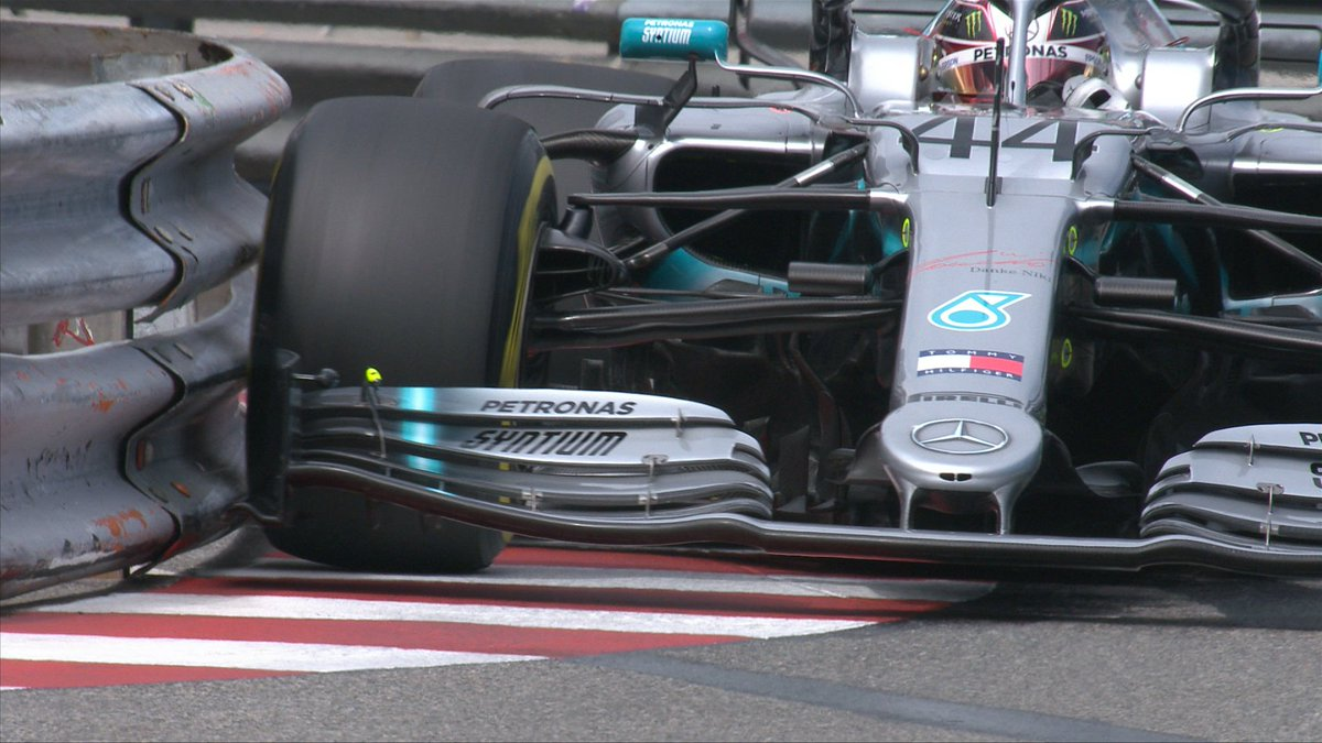 Kisses the barrier 😘  Posts the fastest time of the day so far 🚀  A 1:11.926 for @LewisHamilton 👏  #F1 #MonacoGP 🇲🇨
