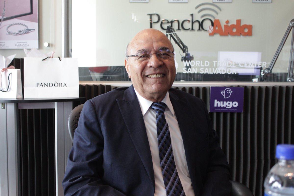 Pencho y Aída's photo on Facebook Live