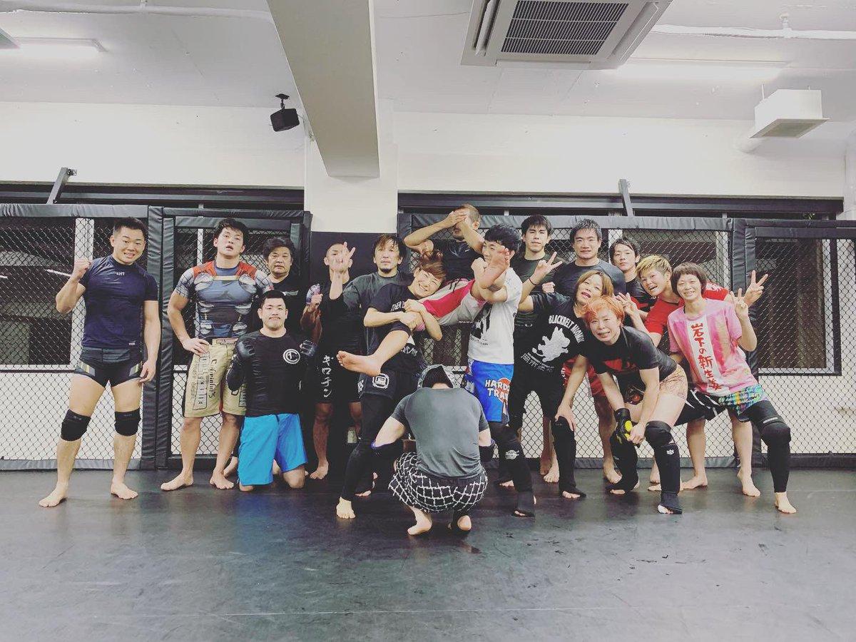 木曜日は小金東ペアでグラップリング、MMAクラスでした!?#東京 #東中野 #中野 #グラップリング #ノーギ #柔術 #MMA #grappling #nogi #jiujitsu #bjj #英会話 #格闘技 #トイカツグラップリング東中野 #ブラジリアン柔術