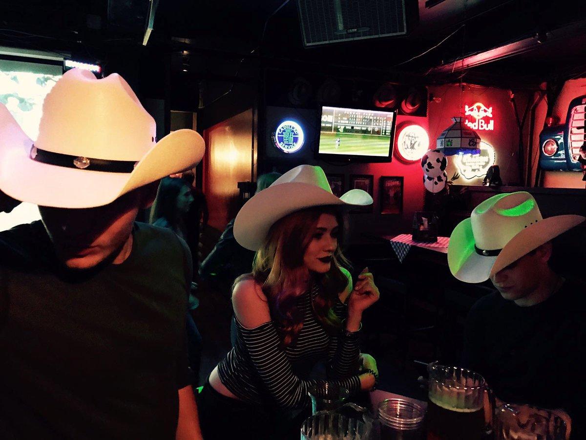 Midnight Cowboys...  @DomSherwood1 @arosende #TBT : @matthewdaddario<br>http://pic.twitter.com/PzY5RVSoqw