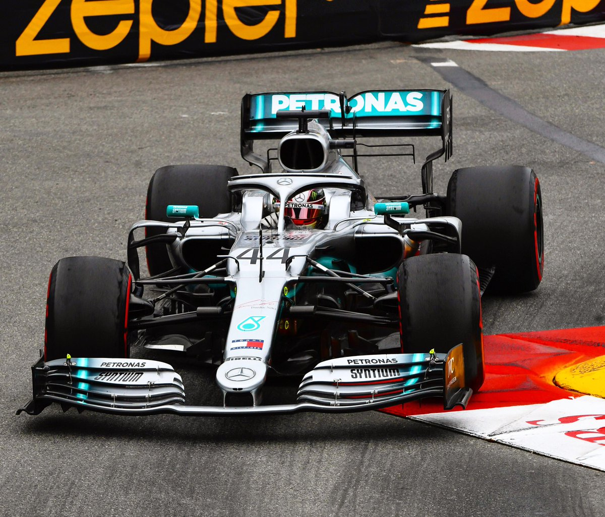 #MonacoGP Thursday = ✅  Lewis clocks a 1:11.118 to top the timesheets around Monte Carlo, Valtteri posts a 1:11.199 to take P2