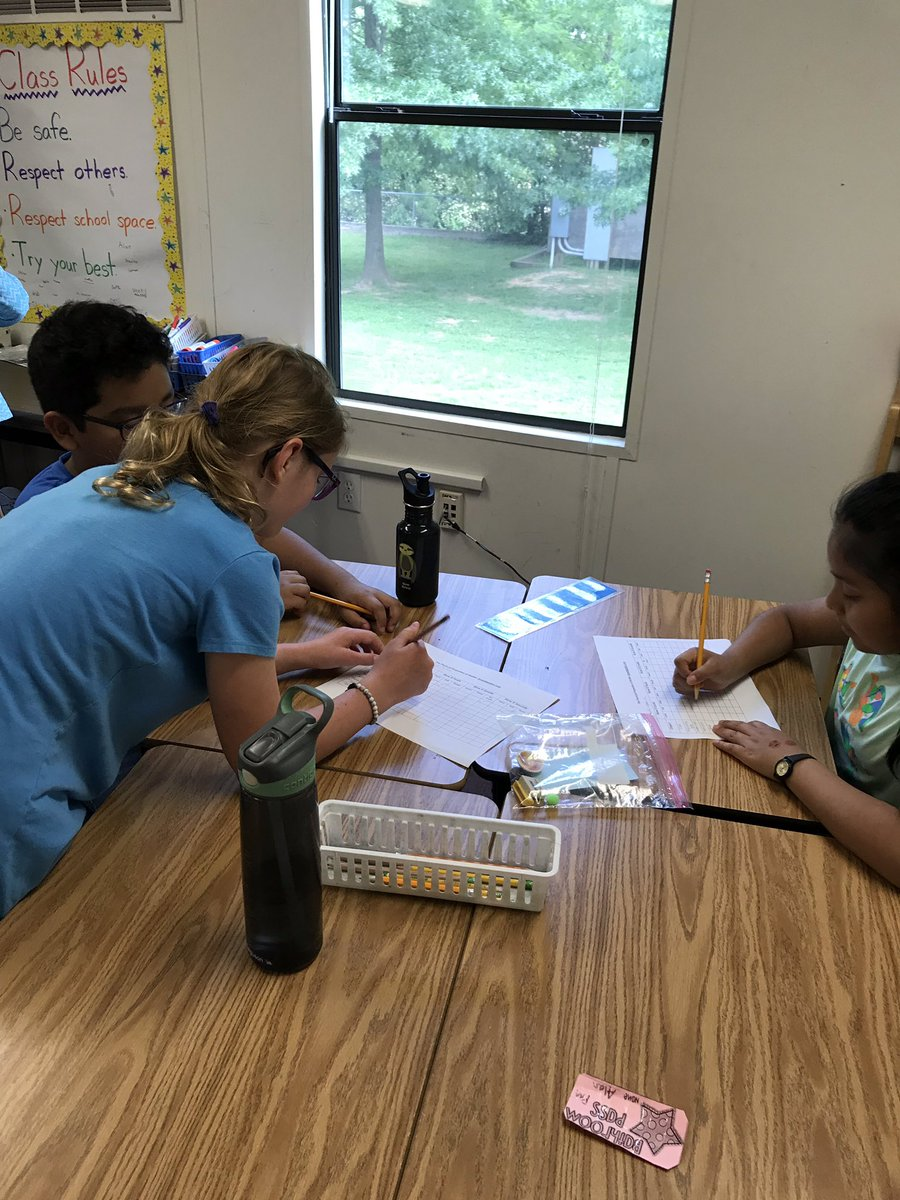 Scientists investigate physical properties of matter using their senses <a target='_blank' href='http://search.twitter.com/search?q=KWBPride'><a target='_blank' href='https://twitter.com/hashtag/KWBPride?src=hash'>#KWBPride</a></a> <a target='_blank' href='https://t.co/Nr4Cf1UwlS'>https://t.co/Nr4Cf1UwlS</a>