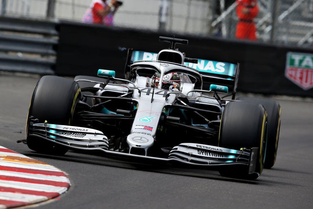 Lewis Hamilton in the groove to complete #MonacoGP practice double - but Valtteri Bottas sticks right with him  But no 'rest' for Ferrari and Red Bull on Friday with some big work needed to close the gap to Mercedes  REPORT: https://www.skysports.com/f1/news/12433/11726138/monaco-gp-practice-two-lewis-hamilton-on-song-to-pip-valtteri-bottas…  #SkyF1 #F1