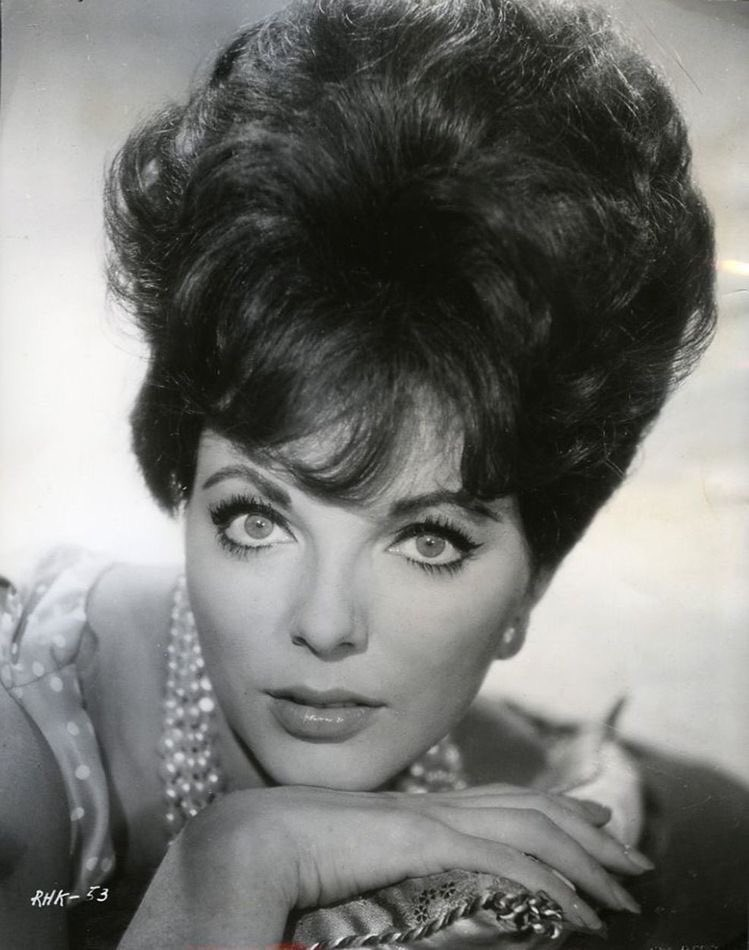 Happy birthday, Joan Collins!