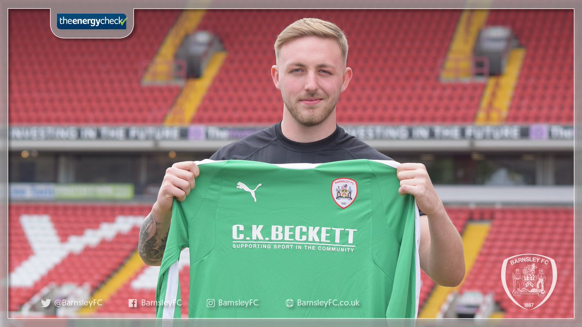 📄🖊️ | We are pleased to announce that Jake Greatorex has signed a new contract with Barnsley Football Club.  ➡️ http://bit.ly/Greatorex2020  #WeAreGoingUp