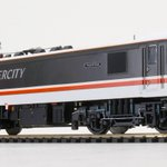 Image for the Tweet beginning: Bachmann Class 90 arrives -