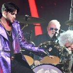 Image for the Tweet beginning: Adam Lambert no está interesado