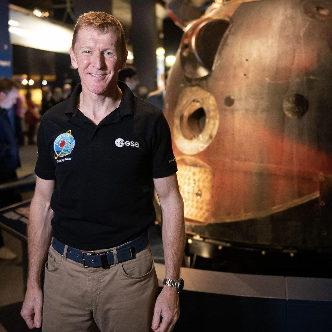More than 1.3m people saw the Soyuz module in which ESA astronaut @astro_timpeake returned to Earth during its 20-month tour of the UK.  Read more:  https://www. esa.int/ESA_in_your_co untry/United_Kingdom/UK_tour_of_Tim_Peake_s_descent_module_attracts_1.3m_visitors &nbsp; … <br>http://pic.twitter.com/khbD9osYnL
