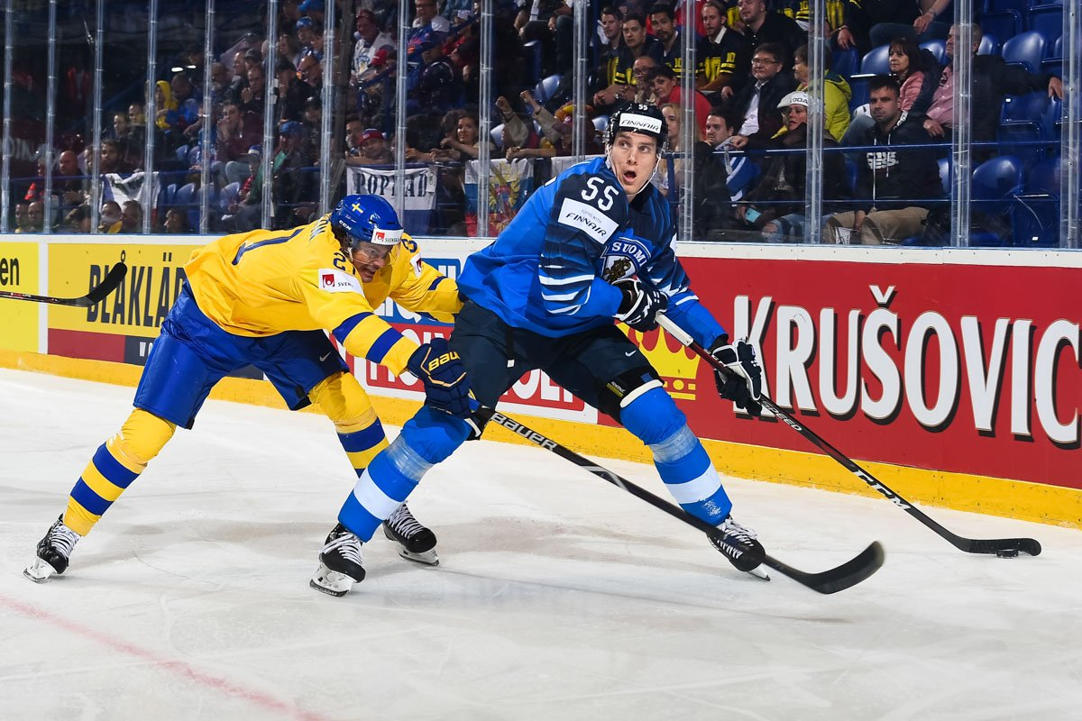 Fantastic win by Finland in the #iihfworlds2019 quarter-finals versus Sweden last night! Finland will play Russia tomorrow afternoon in the semi-finals! #Leijonat #FlyingwithFinnair