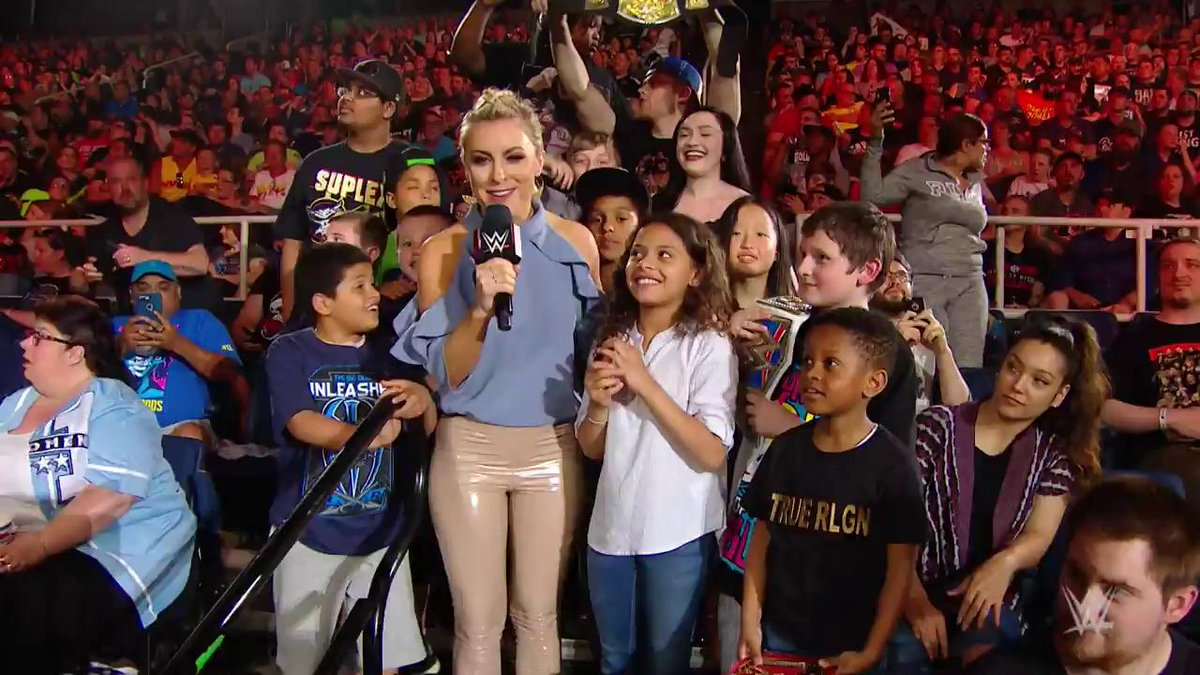 As #Raw went to commercial break in Albany, N.Y., WWE fans of all ages took part in an impromptu #DanceBreak!