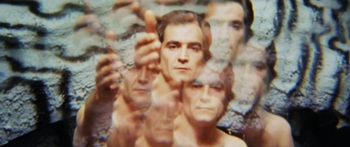 The Case of the Bloody Iris (Carnimeo, 1972)