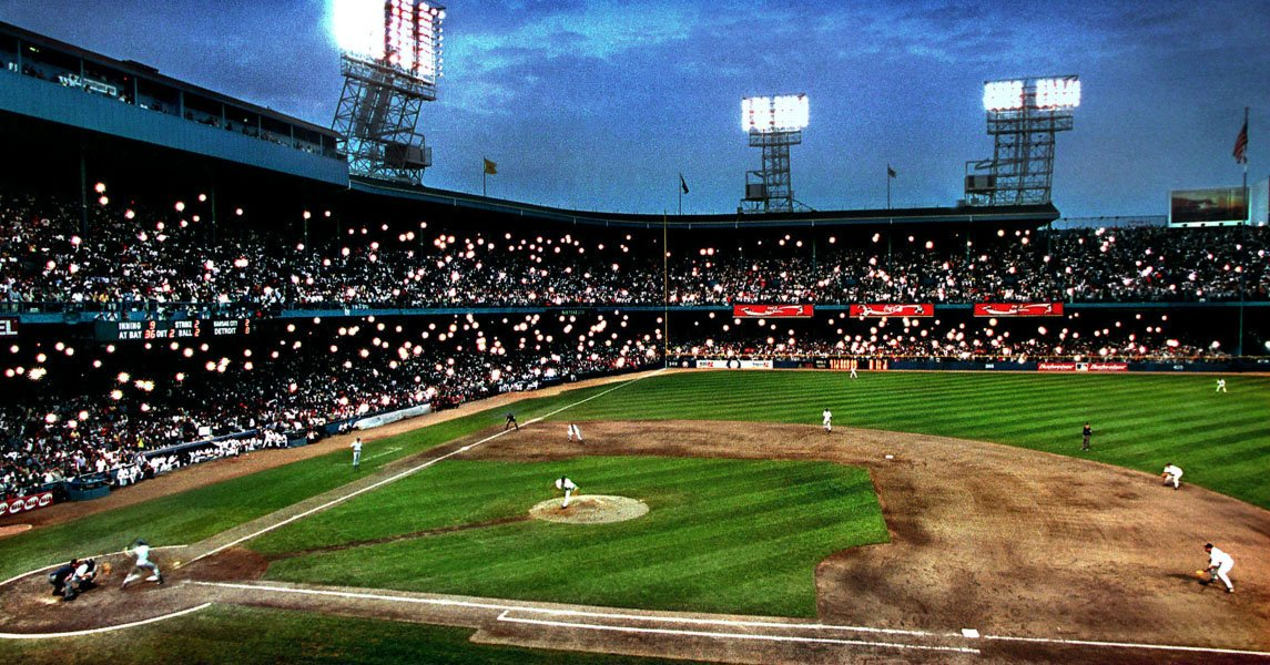 #TBT Cameras capture the last pitch at #TigerStadium in 1999 (photo by Steve Jessmore, used by permission)