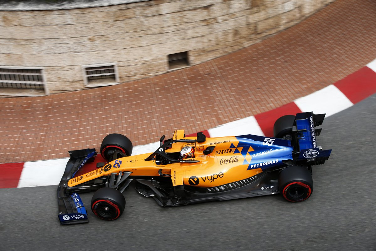 """""""Good work between the sessions saw us achieve a better balance with both cars in #FP2.""""  Read our full report from Thursday at the #MonacoGP 🇲🇨 ➡️http://mclrn.co/MonacoThu"""
