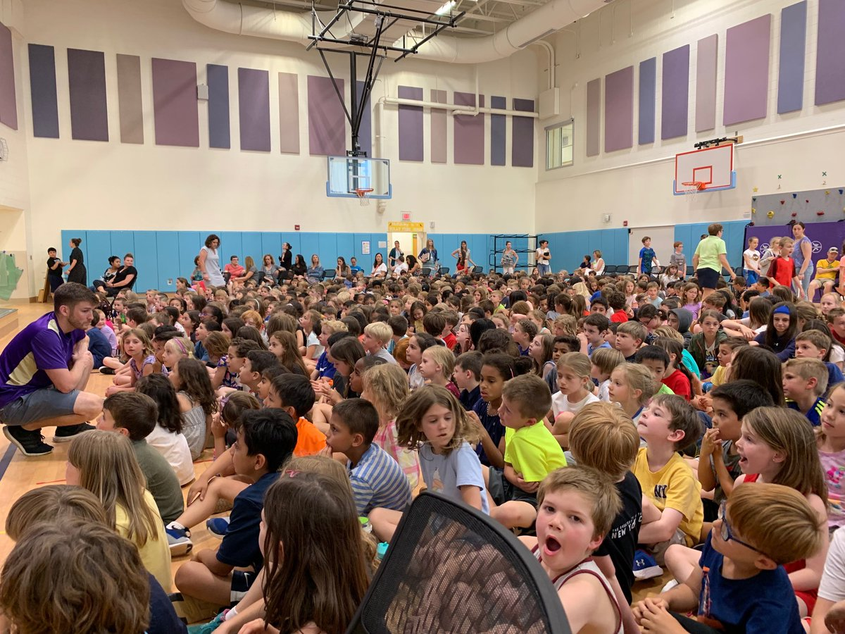 RT <a target='_blank' href='http://twitter.com/GMilleratMES'>@GMilleratMES</a>: We are packed for our concert!! <a target='_blank' href='http://twitter.com/chbrownmckcard'>@chbrownmckcard</a> <a target='_blank' href='http://twitter.com/APSMcKCardinals'>@APSMcKCardinals</a> <a target='_blank' href='http://twitter.com/APSMcKPR'>@APSMcKPR</a> <a target='_blank' href='https://t.co/ZGjQVwvDmn'>https://t.co/ZGjQVwvDmn</a>