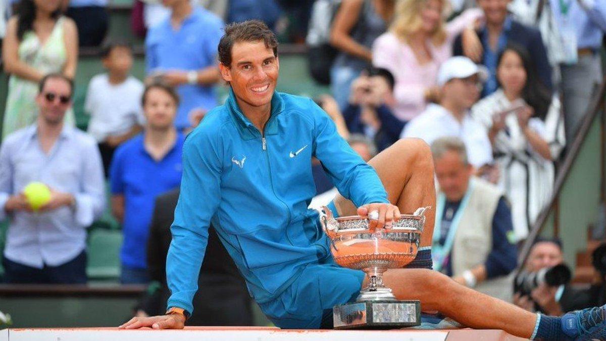 Nadal debutará en Roland Garros contra un clasificado: evita a Thiem y Djokovic hasta la final https://www.elespanol.com/deportes/tenis/20190523/nadal-debutara-roland-garros-clasificado-thiem-djokovic/400711014_0.html?utm_source=twitter&utm_medium=SOCIAL&utm_campaign=bernabeu…