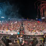 Image for the Tweet beginning: Photos: @EDC_LasVegas Day 3 w/