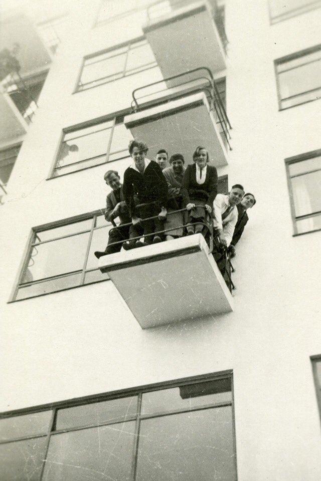 Bauhaus Dusch List