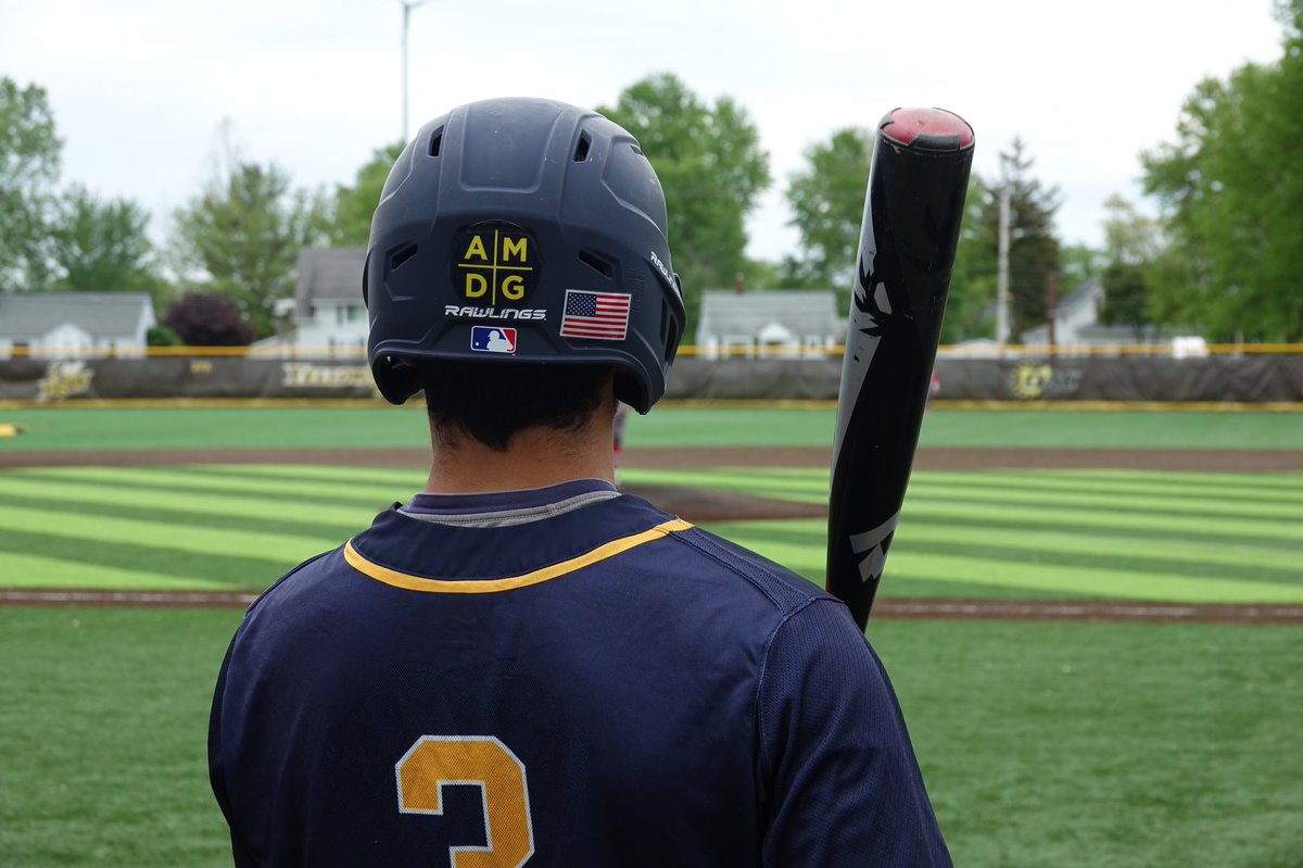 GAMEDAY!  @SIHSBaseball1 faces @NRAthletics at 5 pm in the District Final. We'll be broadcasting it live on the SIBN!  📲 http://ignatiuswildcats.com/SIBN-live