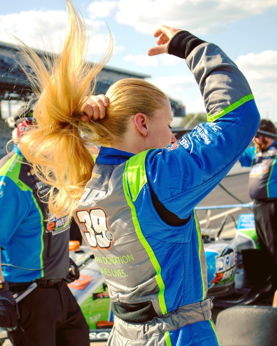 Long hair, don't care. 💁🏼♀️😂 📸: @AliMarkusPhotos #IndyCar #Indy500 #ThisIsMay #TheRaceCarStillCantTellTheDifference 😜