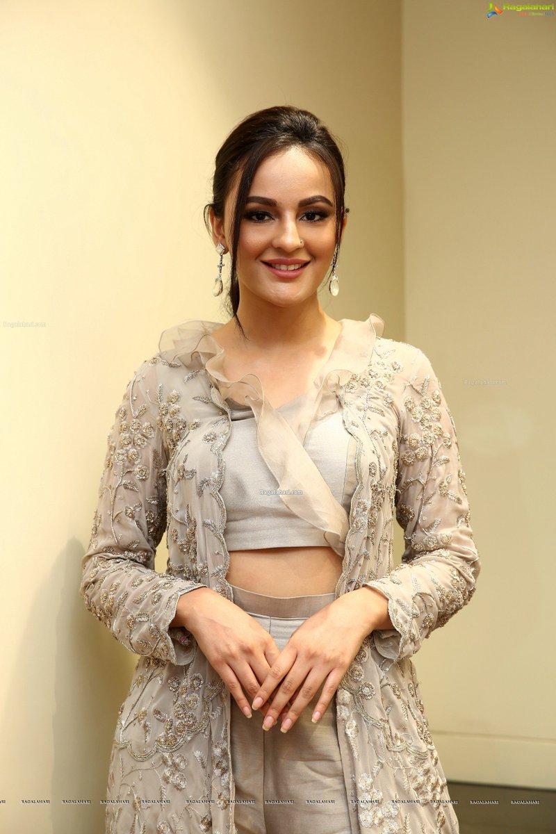 Ragalahari On Twitter Seerat Kapoor Stunning Stills At