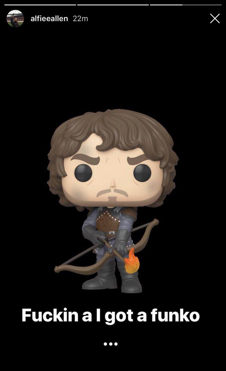 """Theon. You're a good man. Thank you.""  #GameofThrones #TheonGreyjoy <br>http://pic.twitter.com/ESZlffJiyB"