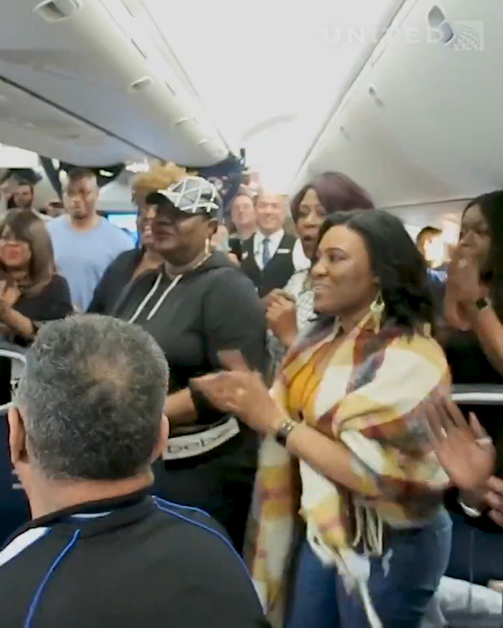 🎶 Oh when the Harlem Jubilee Singers goes marching in ... and on board for an inflight surprise performance from Buenos Aires - New York/Newark!