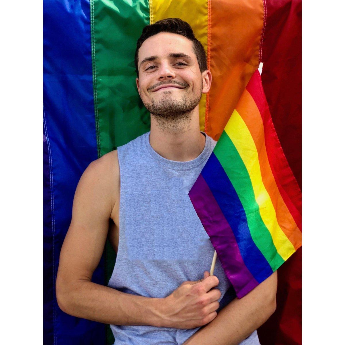 Gay toilet blocks canberra