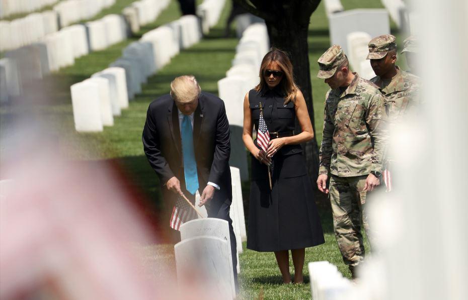 Trump visits Arlington National Cemetery before Memorial Day https://bit.ly/2wcVftu #10TV