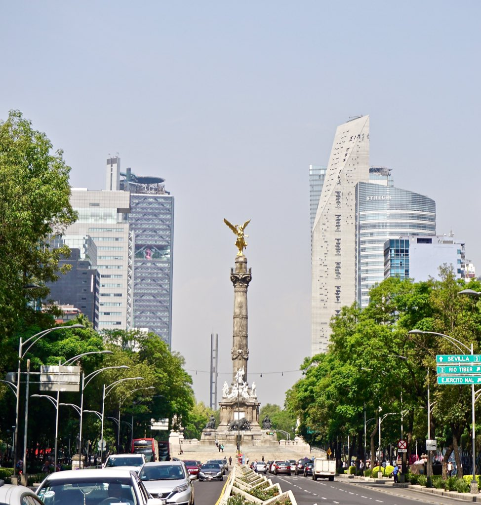 test Twitter Media - Monumento a la Independencia: #chicana #chicanos #chicano #mexicano en la Ciudad de México , la vida cultural vibra. Resalta. No se nieguen y visiten. #cdmx #mexico https://t.co/qB9gVU7g22