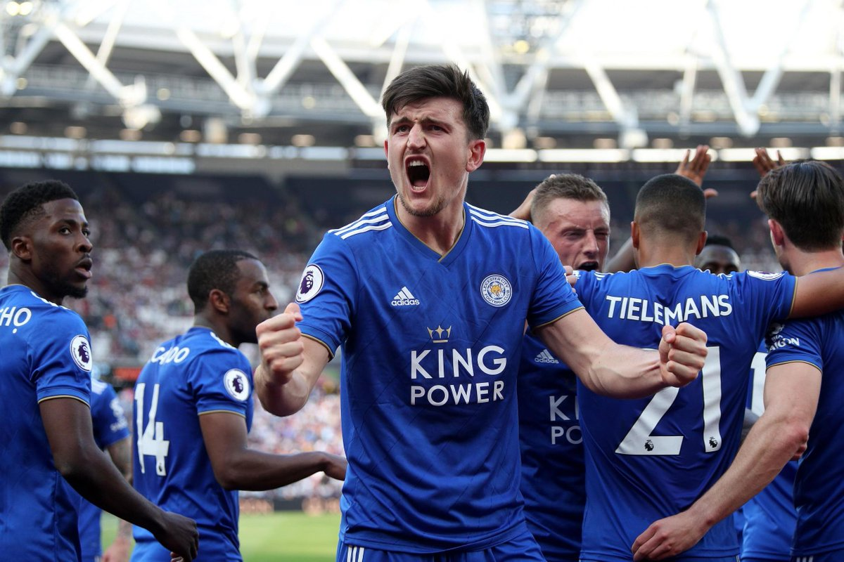 Manchester City will have to break the world record transfer fee for a defender and pay £90M if they want to secure the services of Harry Maguire, who the club rate higher than Matthijs de Ligt.  [via @SunMartinB]