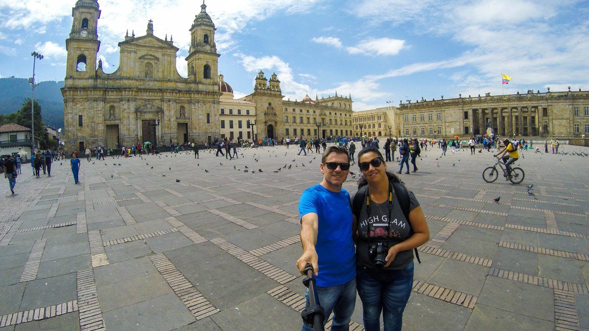 Get to know #Bogota like a local, fall in love with its emblematic places, fill yourself with its nightlife energy, indulge in its delicious gastronomy and many more authentic experiences with Daytours4u! http://ow.ly/iTc750ujxdC