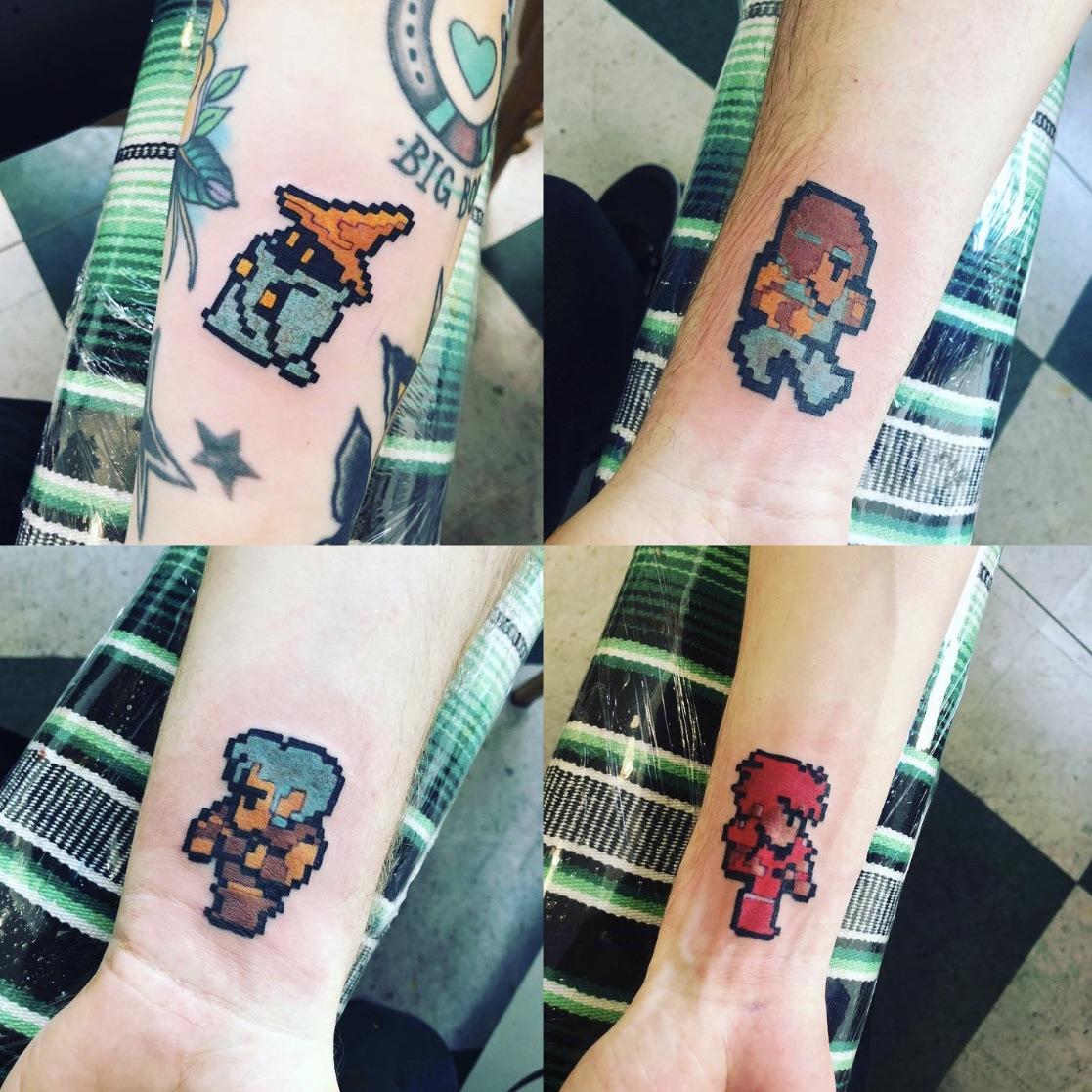 #Geek 🤓 Awesome of the Day: #Videogame @SquareEnix #FinalFantasy #Pixel Characters Forearm #Tattoo via @ShambazzleGames #SamaTattoo #SamaGeek 🎮