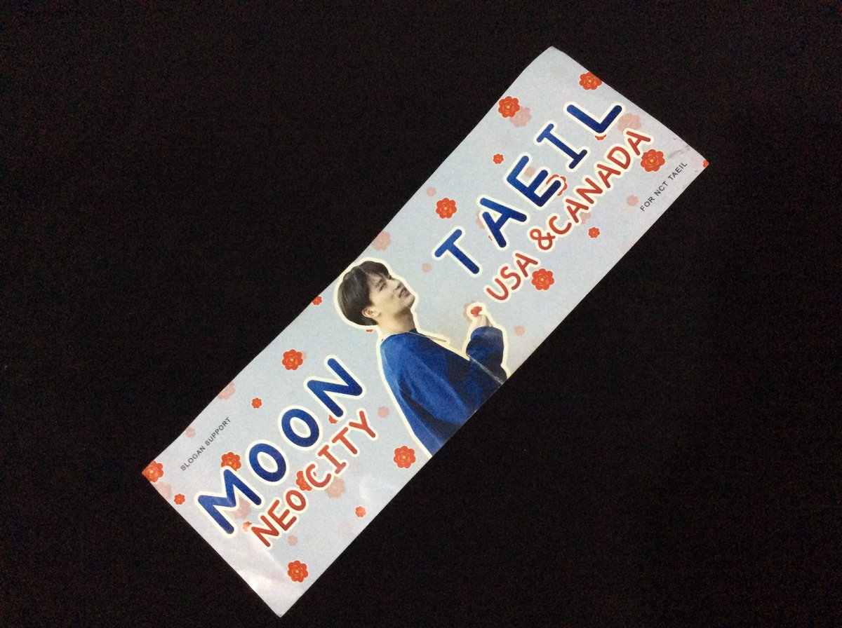 I'll always be grateful to @AyTaeil_Canada for giving me her taeil banner at #NEOCITYinMEXICO  taeil saw me holding it up and waving at him and he smiled and waved backI'm incredibly happy I'll cherish this memory forever thank you for helping me get noticed by taeil <br>http://pic.twitter.com/xCZPC9vjYa