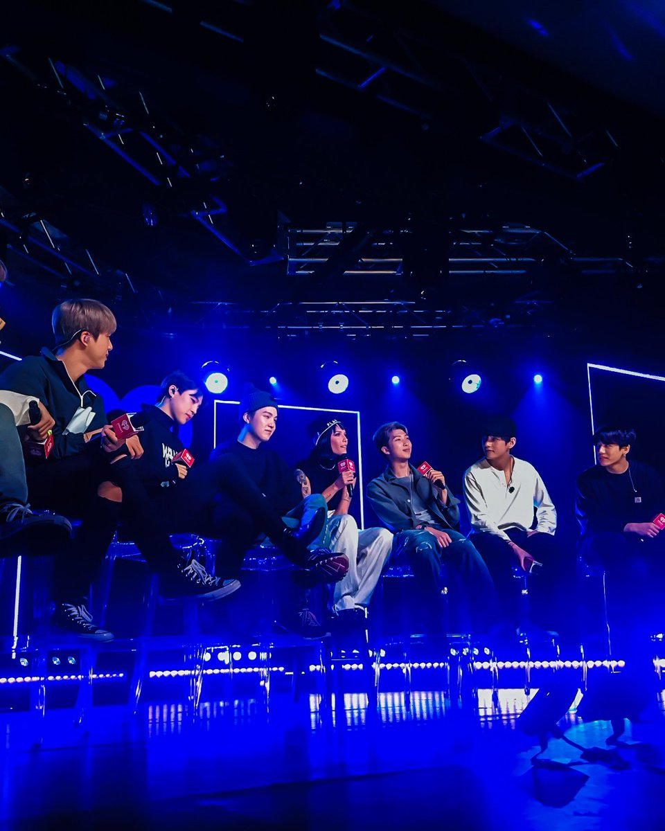 BTS + Halsey   Watch exclusive live concerts,  interviews and clips of your favorite artists when you subscribe for free to #LiveXLive  #ThrowbackThursday #BTSArmy #BTS  #iHeartBTS #Halsey  #BoyWithLuv<br>http://pic.twitter.com/4CtXtK12Br