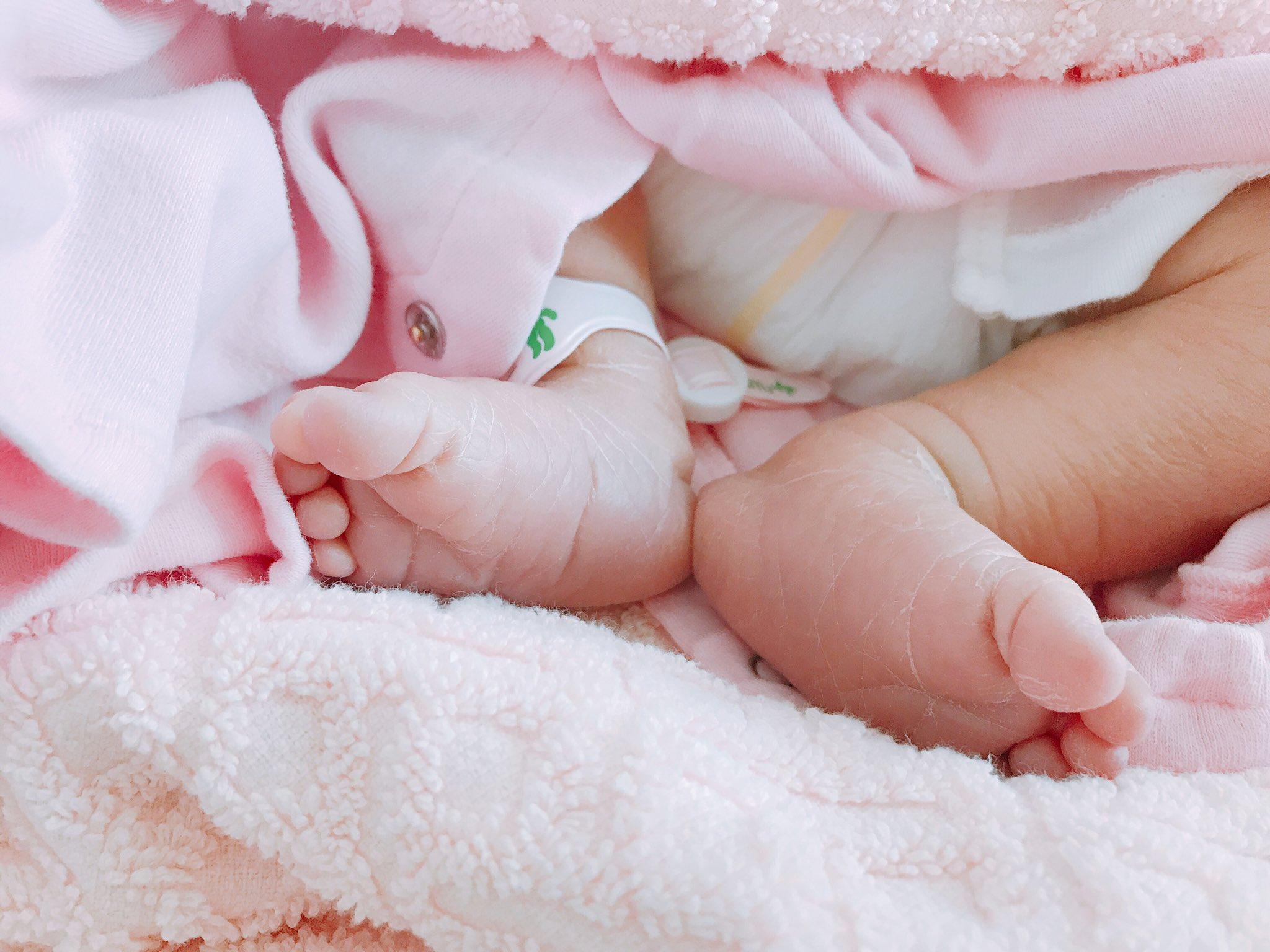 令和元年5月23日、3310gの元気な女の子が産まれました👶✨<br>皆さん沢山の応援をありがとうございました!!
