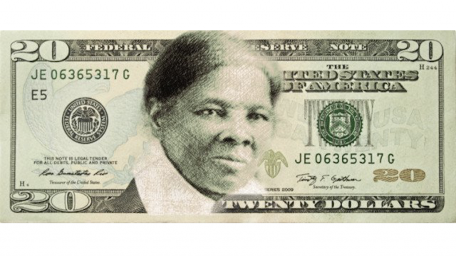 Artist designs stamp to put Harriet Tubman&#39;s face over Jackson&#39;s on $20 bills  http:// hill.cm/UXApXfd  &nbsp;  <br>http://pic.twitter.com/6qgMM3SNJN