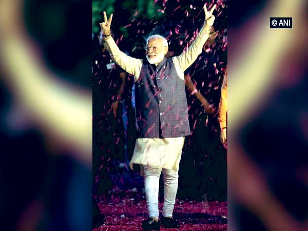 I begin the day with heartfelt greetings for @narendramodi Ji  The way you have worked for 130 cr Indians, the stand you have taken for our soldiers &amp; the courage you have showed in handling all criticism... this victory is a reflection of your Love for India   #FridayFeeling <br>http://pic.twitter.com/BHcmjIvskN