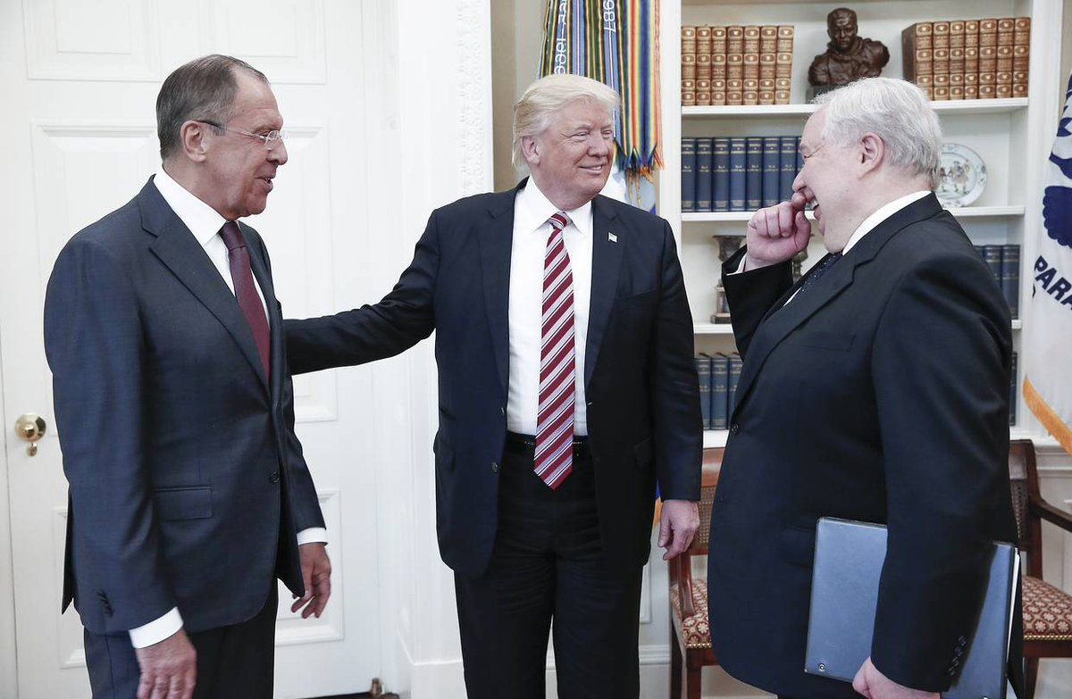 POTUS welcomes Lavrov &amp; Kislyak to  the US Oval Office  Photo credit: TASS / RT / Kremlin (US coverage DISALLOWED) <br>http://pic.twitter.com/rZJydkUMyb