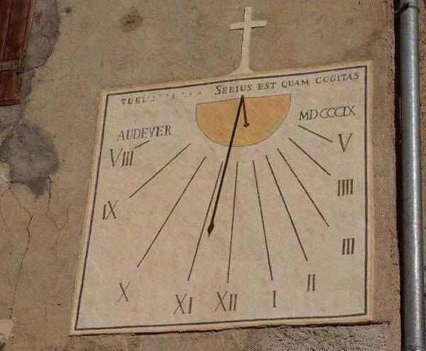 """Matematiksel on Twitter: """"""""Roma Dönemi bir güneş saatinin ..."""