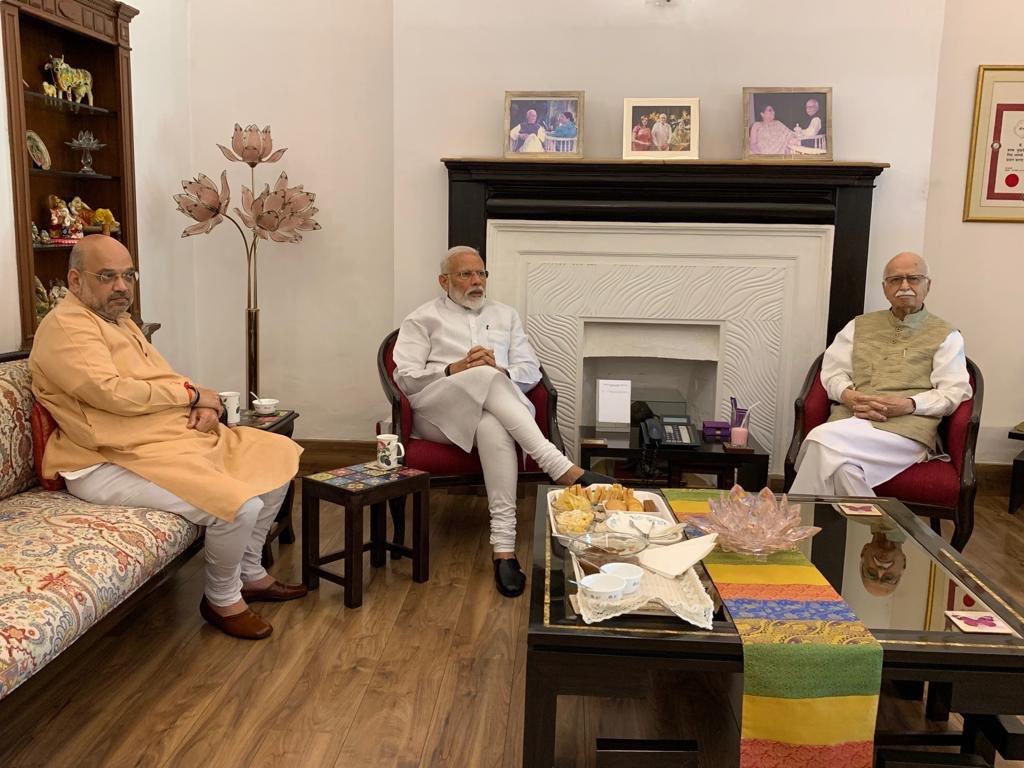 Modi, Shah visit Advani, Murli Manohar Joshi