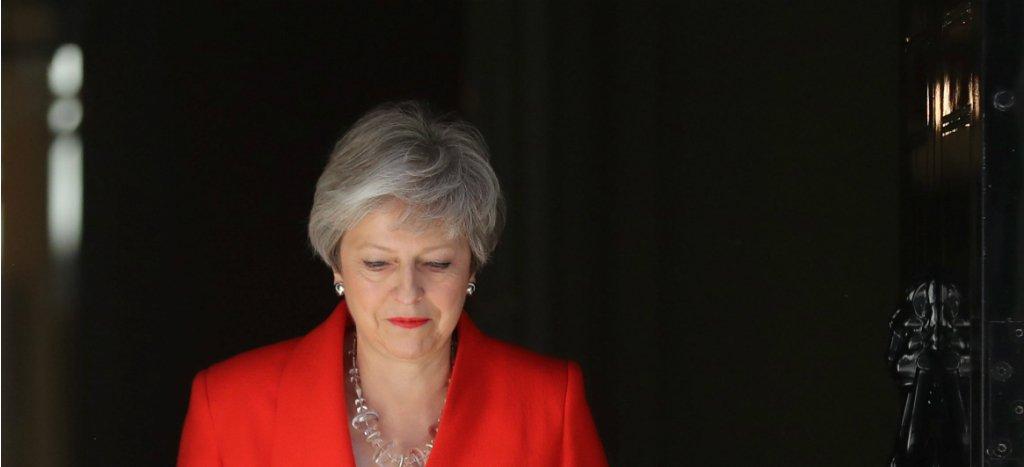 La primera ministra británica Theresa May (@theresa_may) anuncia su dimisión al cargo. Dejará el puesto el 7 de junio. http://ow.ly/L4U630oOEjX