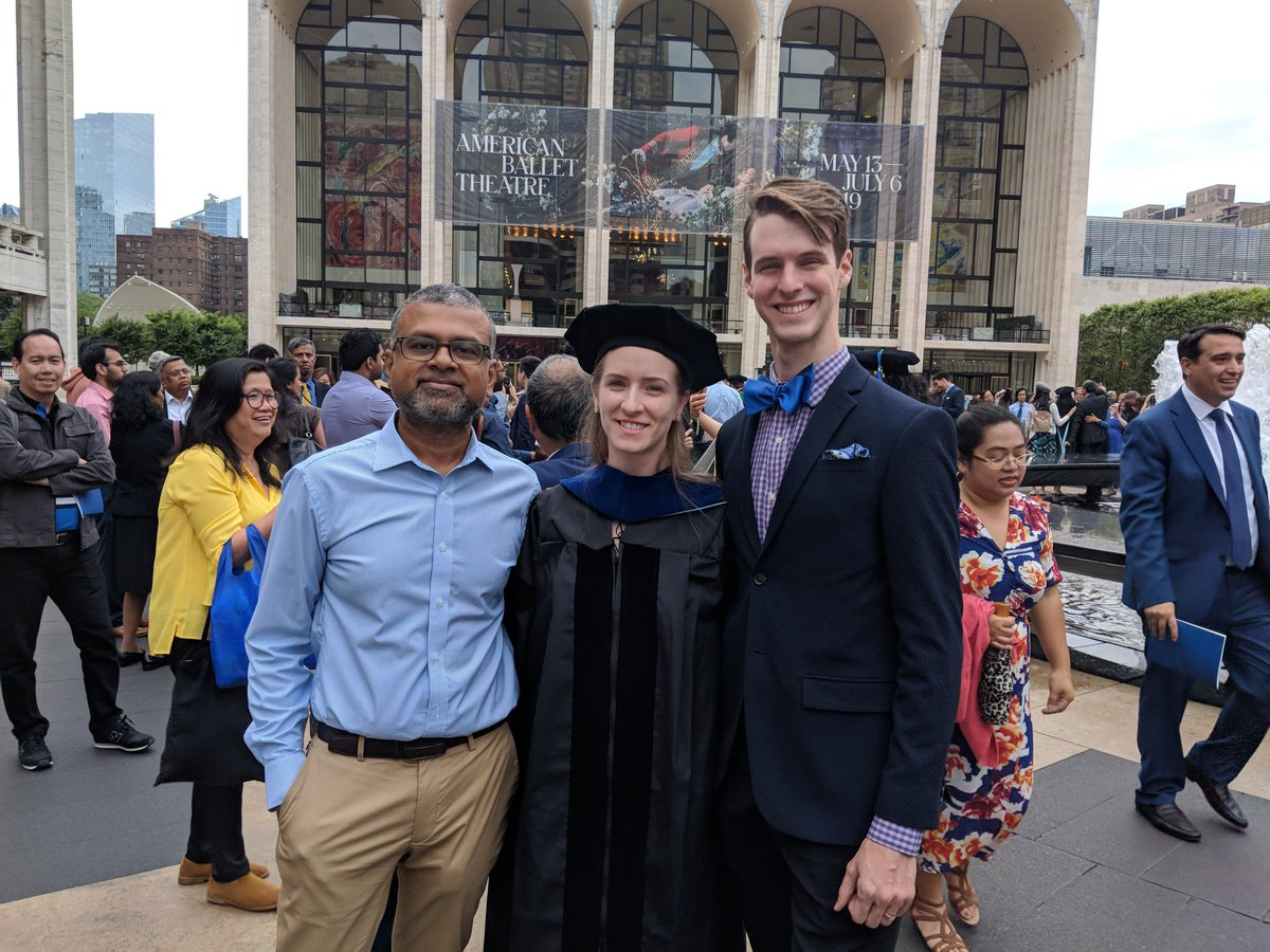 Happy and proud to hood Dr. Lara Kleinfelter (@scifyl) at @EinsteinMed #commencement. Congratulations, Lara!! Sad to see you go but excited about what you will do next as a science communicator.