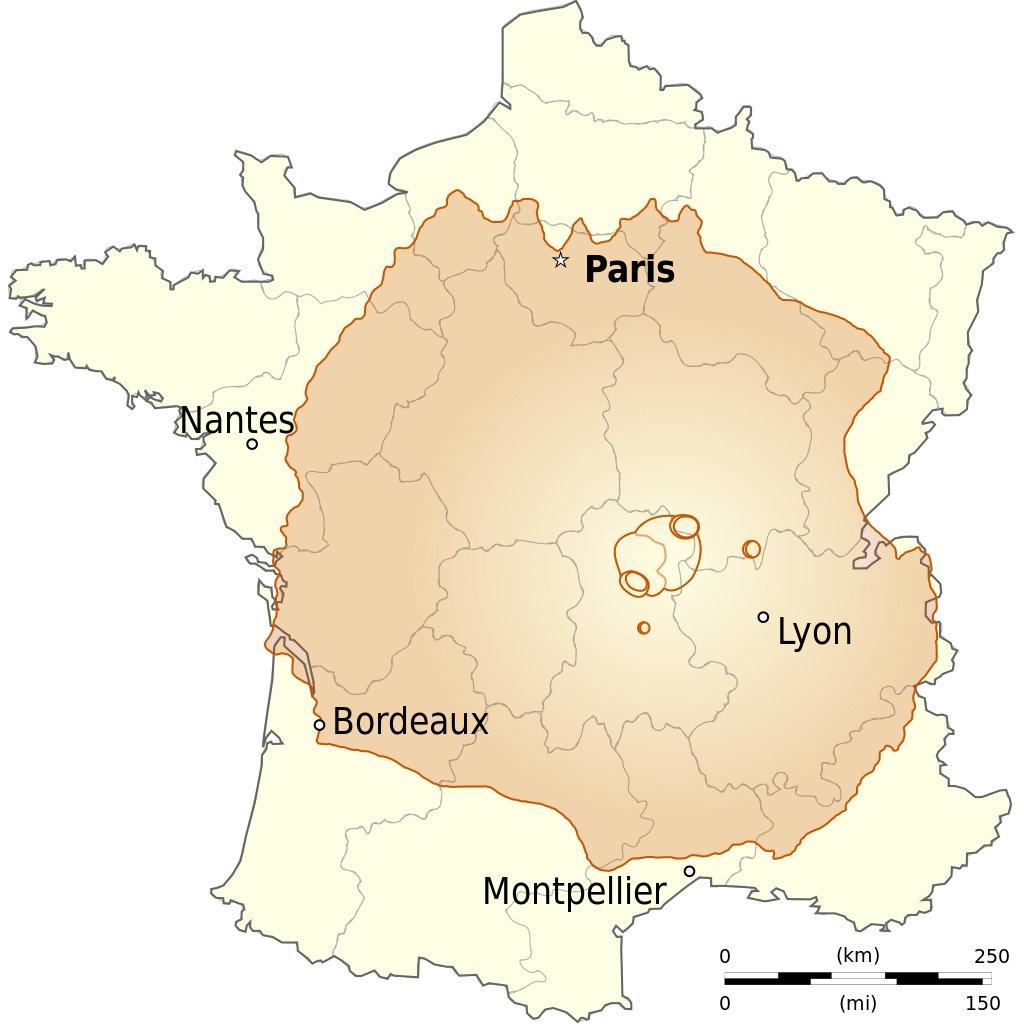 Este espacio ocuparía el monte si lo colocáramos en Francia. Se trata del mayor volcán conocido en el Sistema Solar y se halla en el hemisferio occidental del planeta Marte. Tiene una altura de 22,5 km.