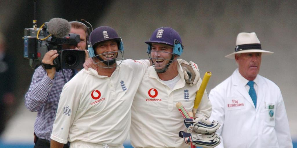 #OnThisDay in 2004, former England captain @nassercricket finished his Test career off in style by scoring a century in his side's seven wicket victory over New Zealand @HomeOfCricket.
